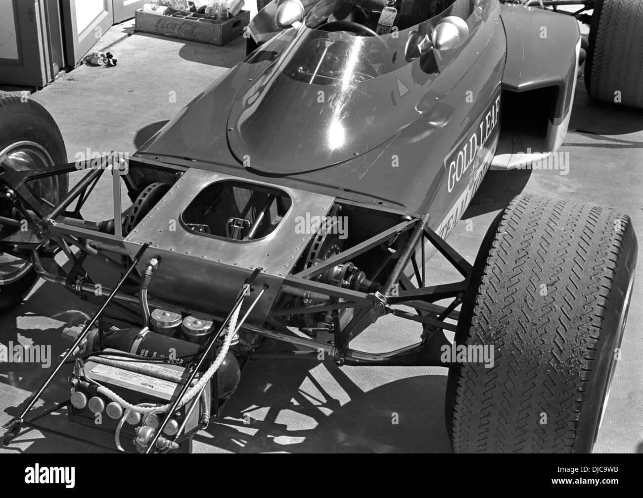 Lotus 72 montati entrobordo freni anteriori a disco collegato alle ruote anteriori tramite alberi di comando. GP di Spagna, Jarama, Spagna 19 aprile 1970. Immagini Stock