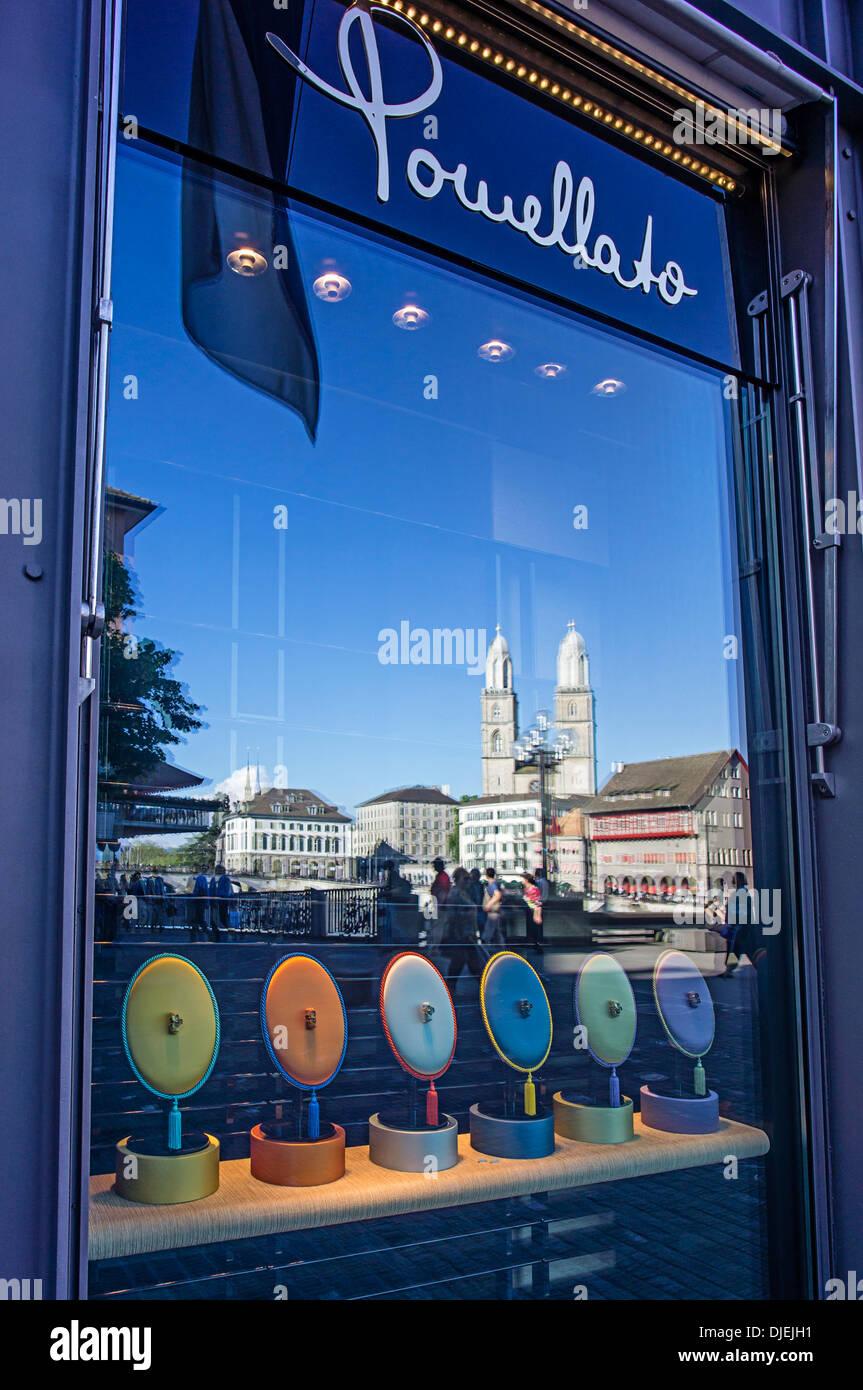 Puellato Juwelry, riflessione Grossmunster, Zurigo, Svizzera Immagini Stock