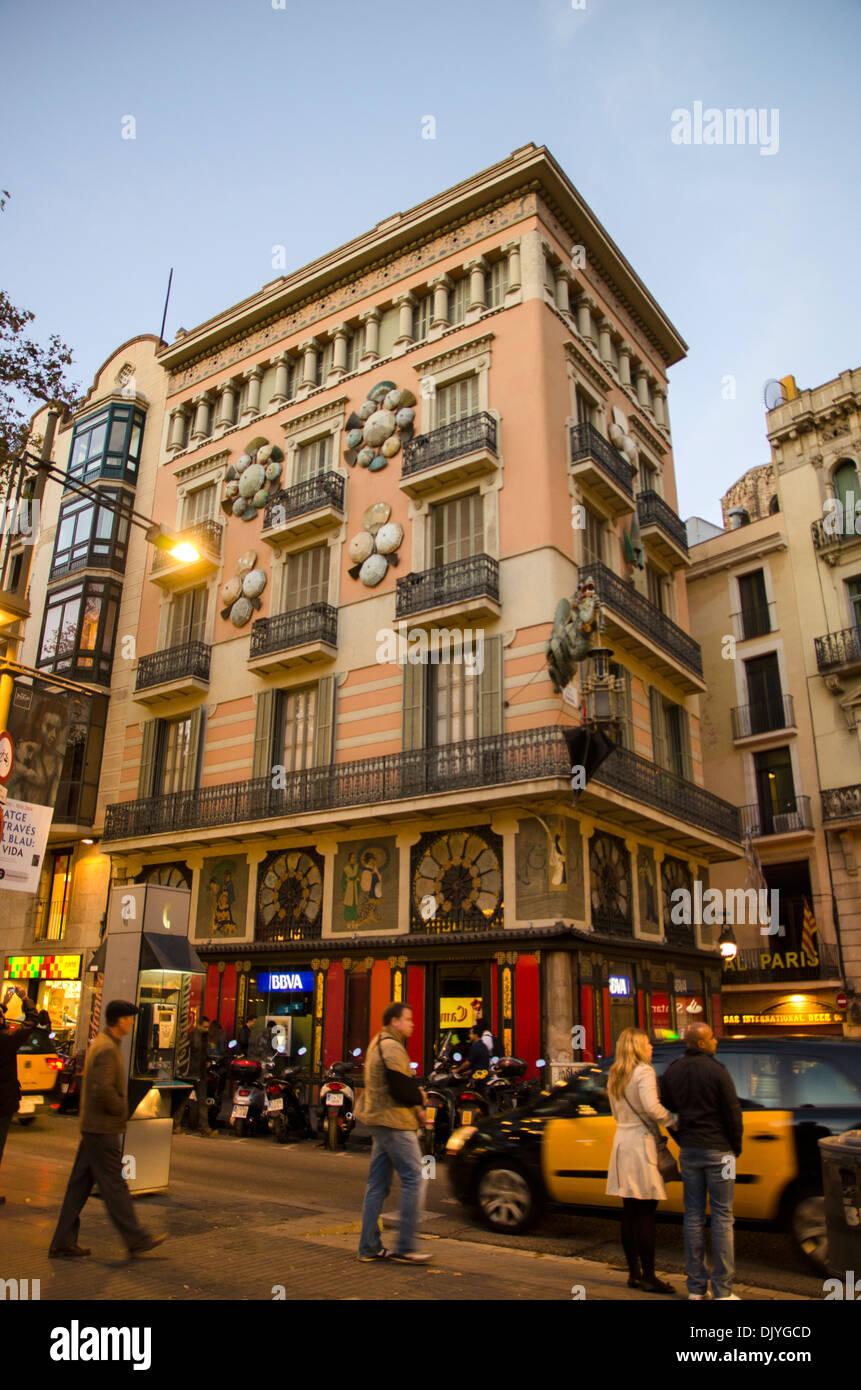 Casa Bruno Quadros su Las Ramblas, Barcelona, Spagna Immagini Stock