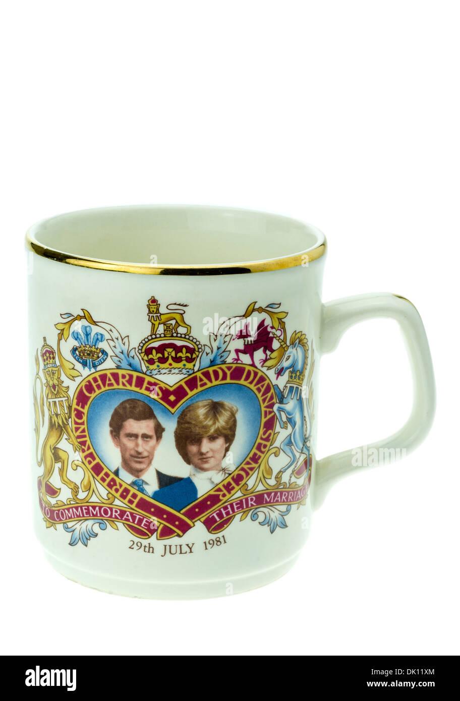 Il principe Charles e Lady Diana Spencer Commemorative Royal Wedding Day Mug. Foto Stock