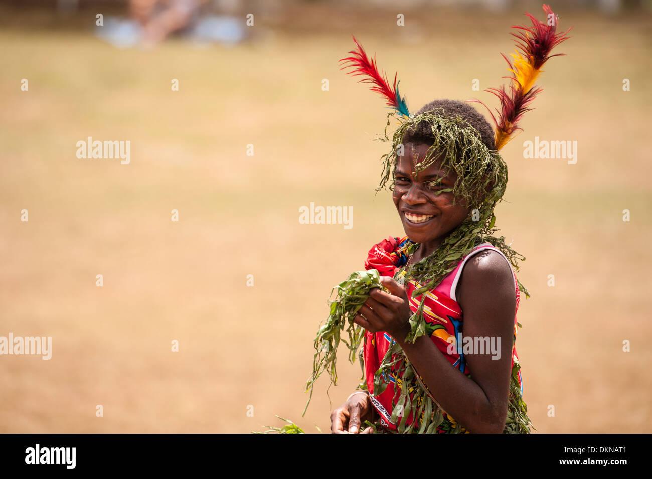 Uno dei musicisti di Tanna prendendo parte alla Fest' Sawagoro, una celebrazione di kastom, cultura tradizionale in Vanuatu. Immagini Stock