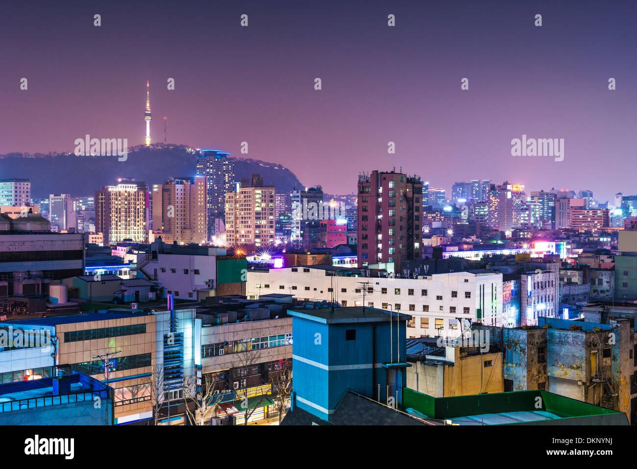 Seoul, Corea del Sud skyline con torre di Seoul. Immagini Stock