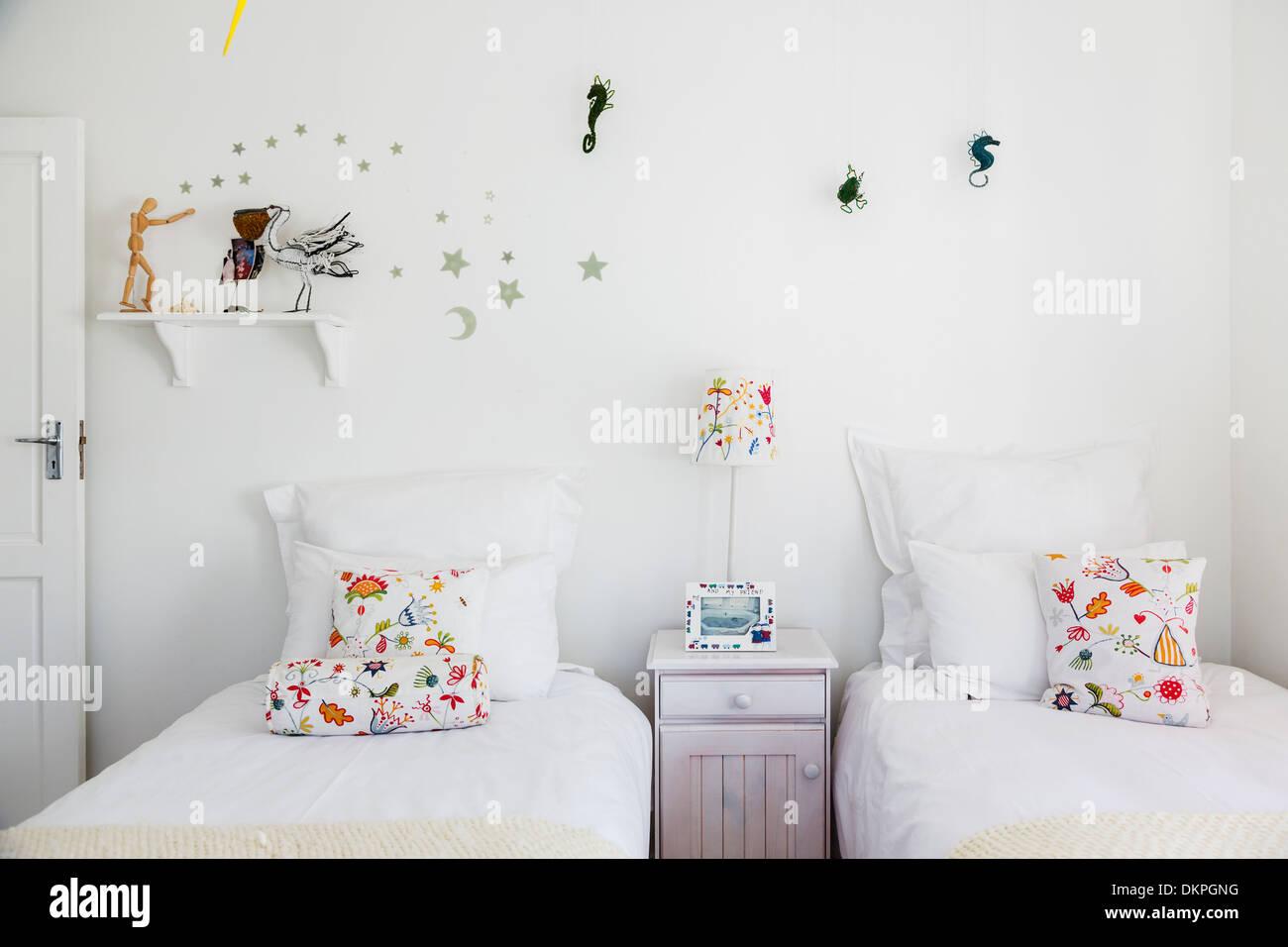 Decorazioni a parete in camera da letto per i bambini Foto ...