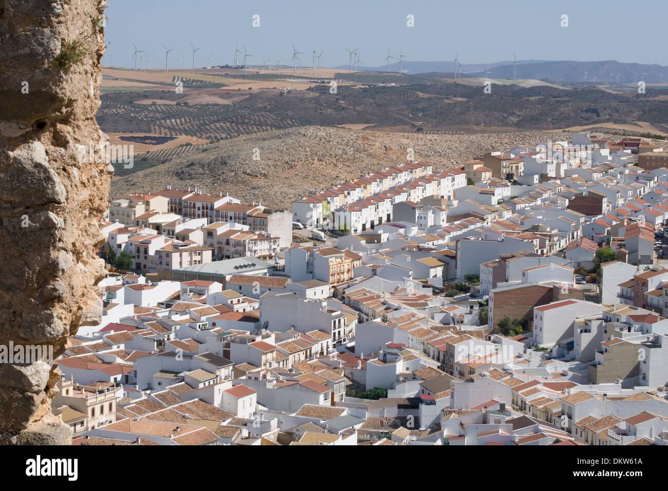 Teba, uno dei villaggi bianchi (Pueblos Blancos) di Andalusia, Spagna. Immagini Stock