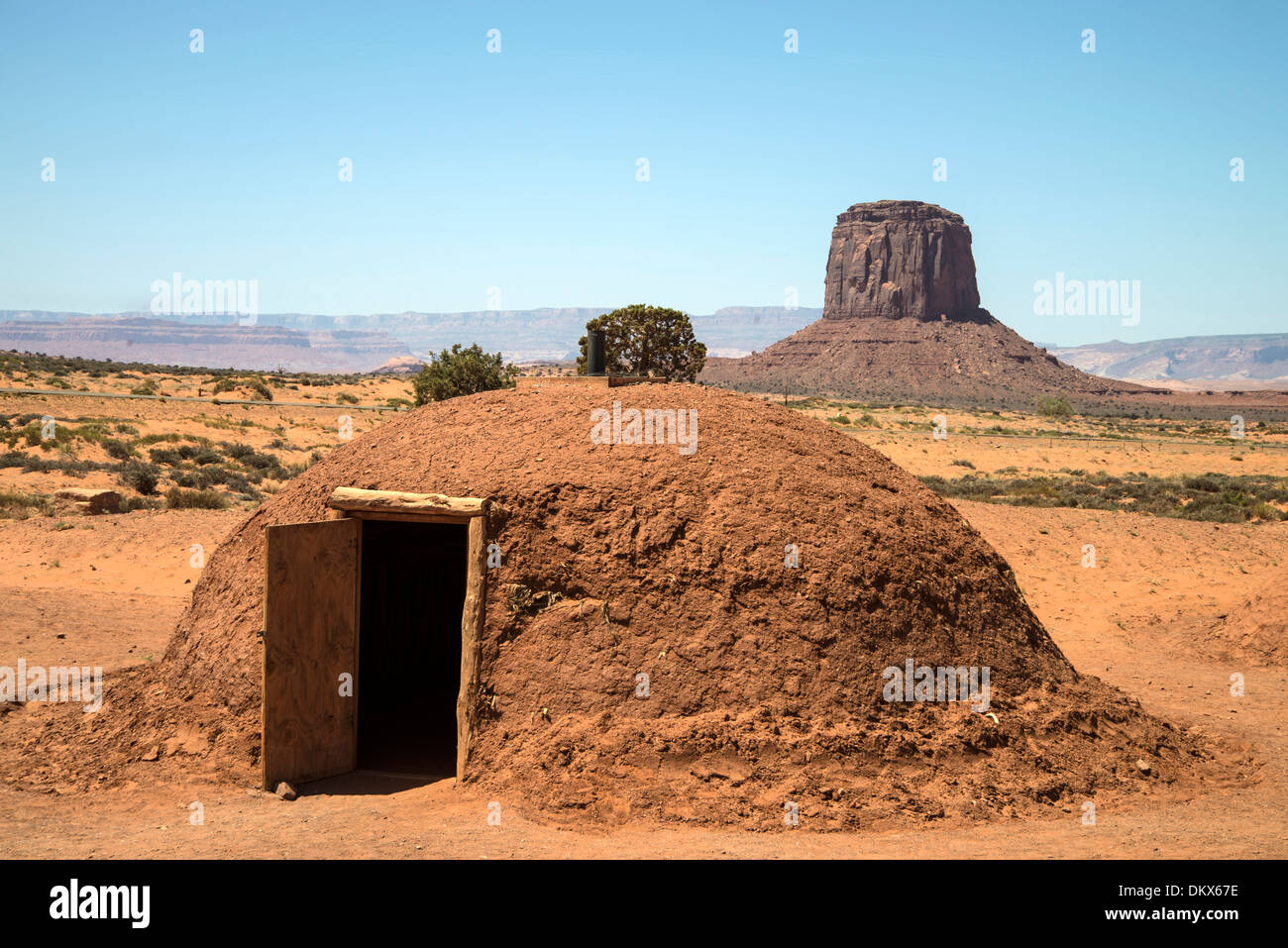 Hogan, capanna, Monument Valley, Stati Uniti d'America, Stati Uniti, America, Arizona, rocce, indiano, Immagini Stock