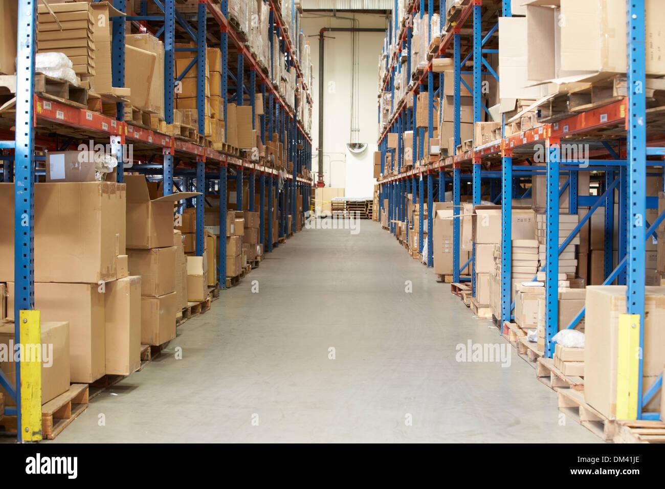 Sistemazione Merce Sugli Scaffali.Packaging On Shelves Immagini Packaging On Shelves Fotos Stock