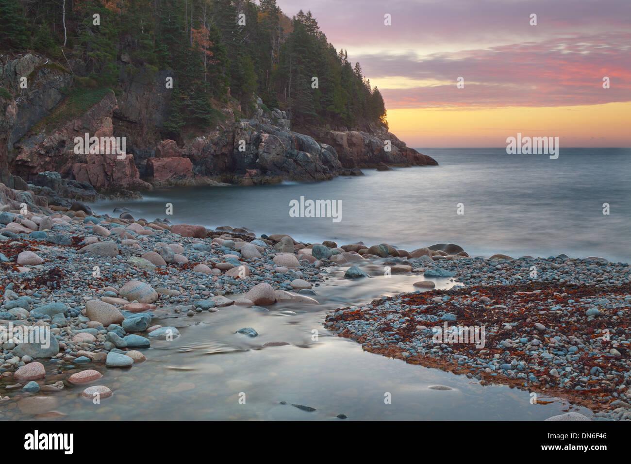 Sunrise a cacciatori Beach Immagini Stock