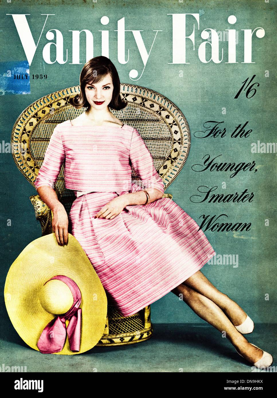 Anni Cinquanta Vanity Fair cover vintage originale donna fashion magazine datato luglio 1959 Immagini Stock