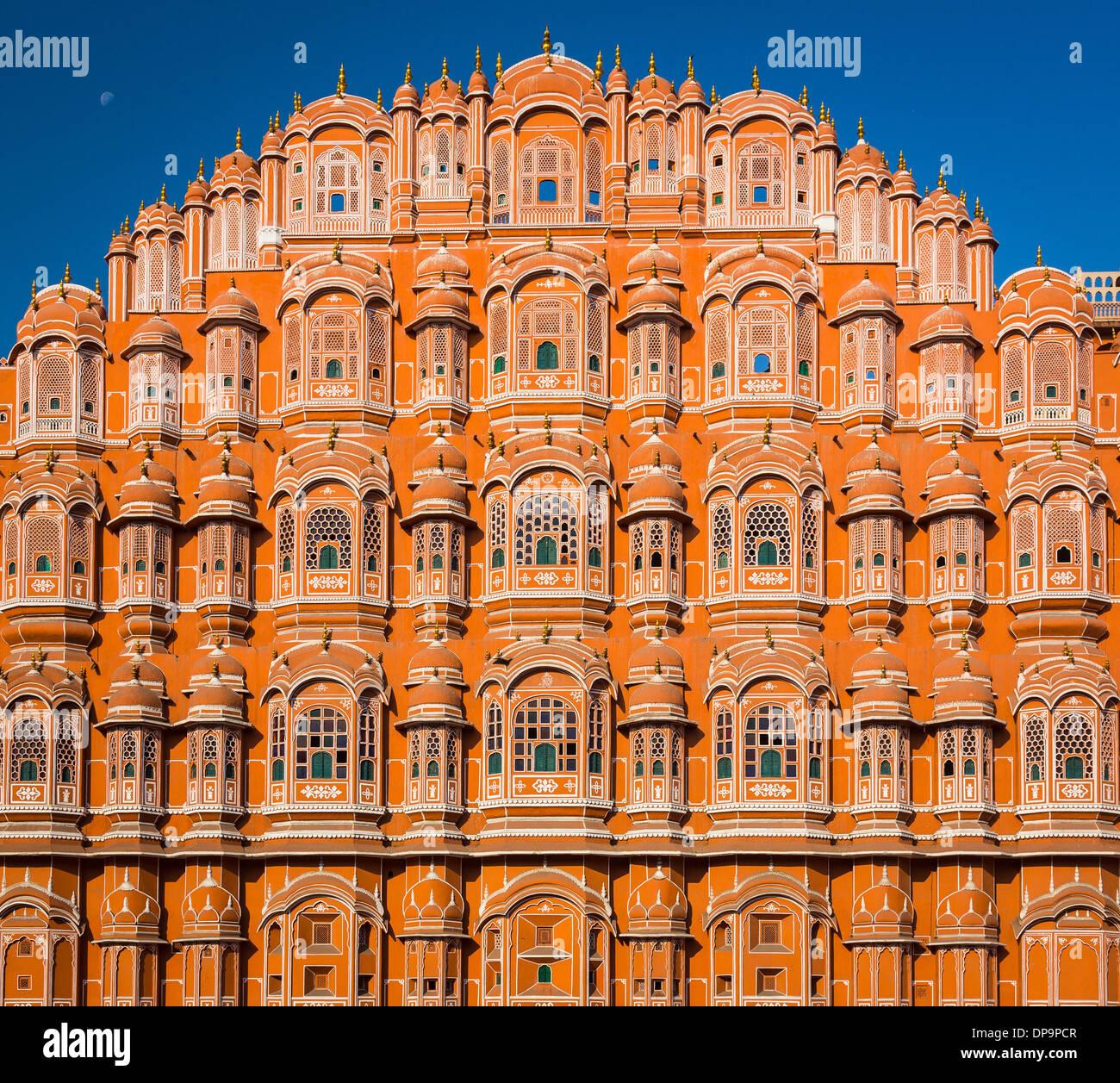 """Hawa Mahal (""""palazzo dei venti"""" o """"Palazzo della brezza""""), è un palazzo a Jaipur, India Immagini Stock"""