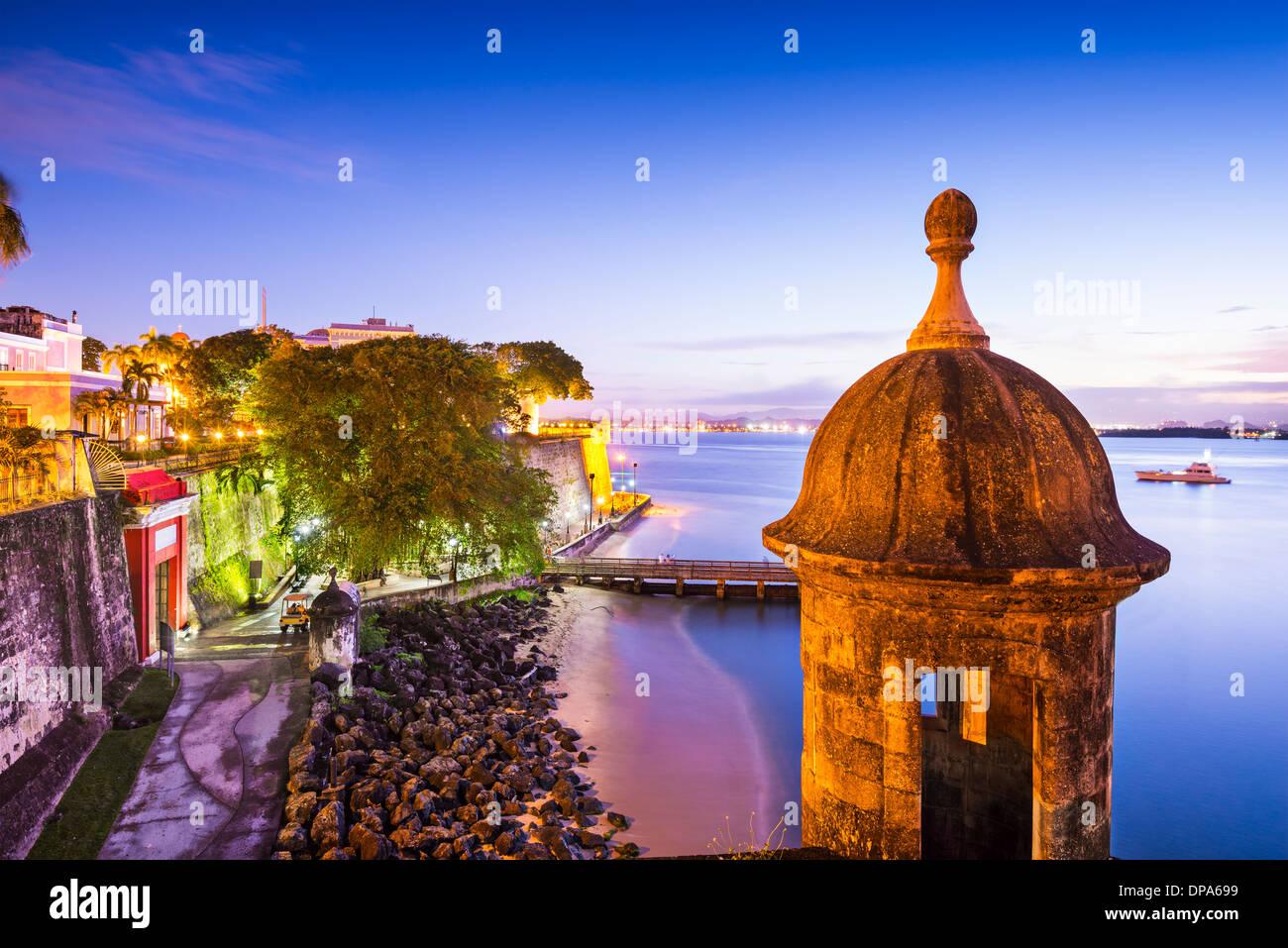 San Juan, Puerto Rico costa a Paseo de la Princesa. Immagini Stock