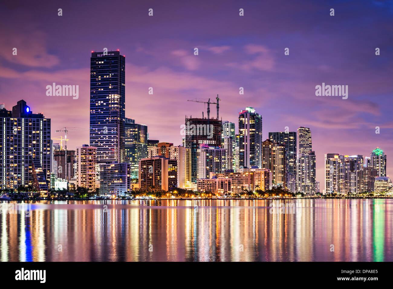 Skyline di Miami, Florida, Stati Uniti d'America su Biscayne Bay. Immagini Stock