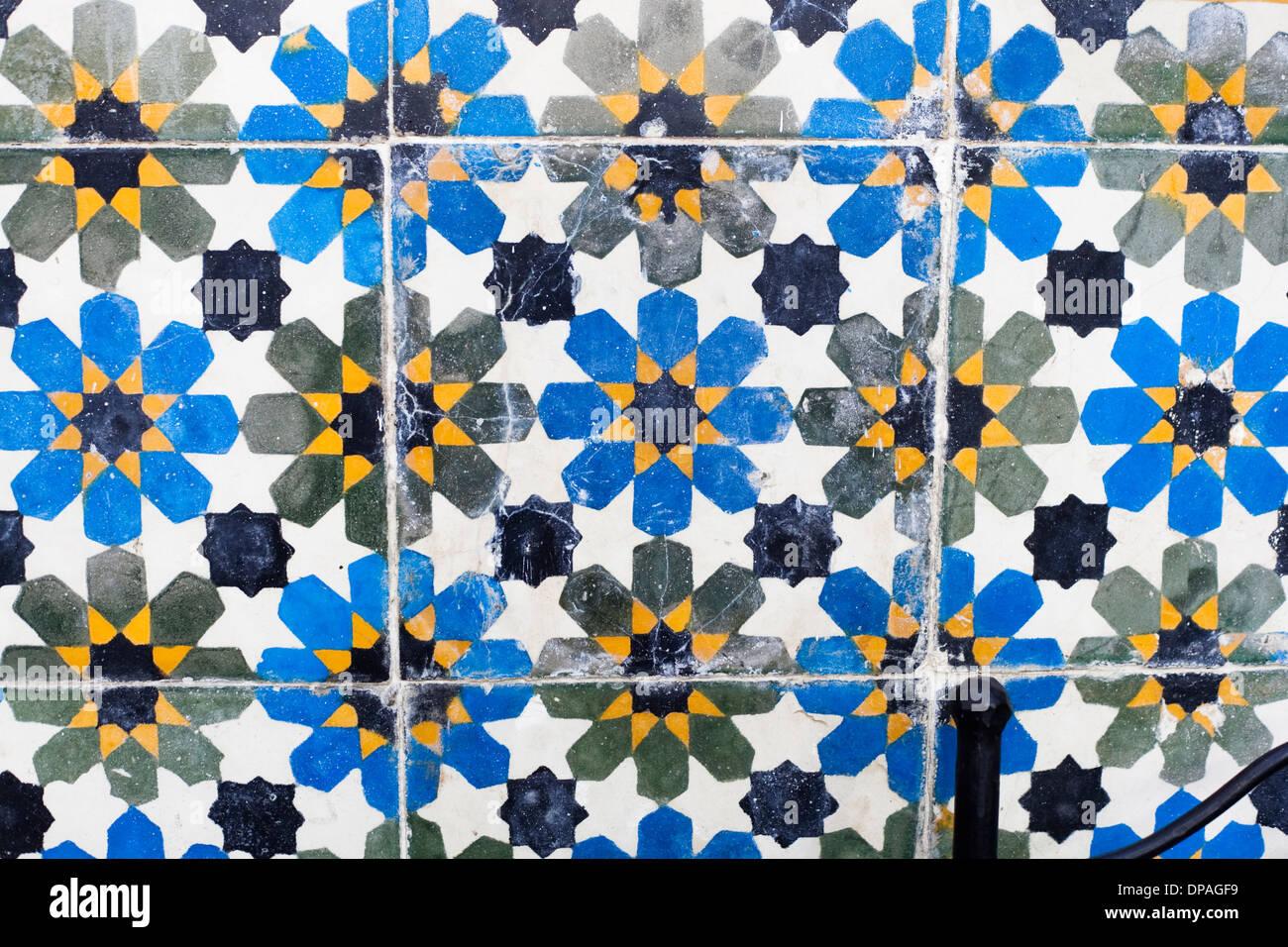Piastrelle Marocchine Vendita On Line : Piastrelle marocchine fantastiche immagini in piastrelle