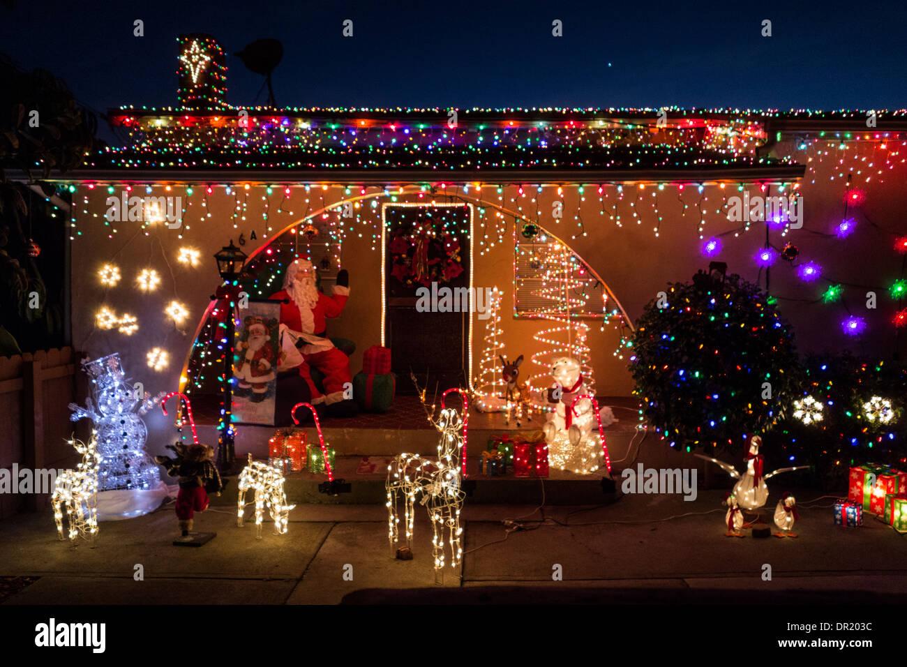 Immagini Natale Usa.Le Decorazioni Di Natale Sulla Piccola Casa Nella Citta Di Santa