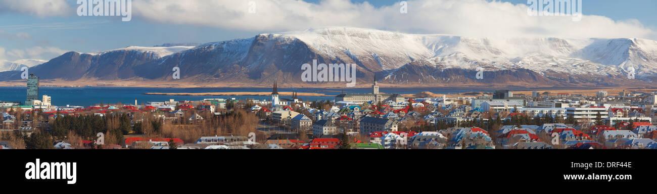 Vista panoramica su Reykjavic, Islanda, regione polare Immagini Stock