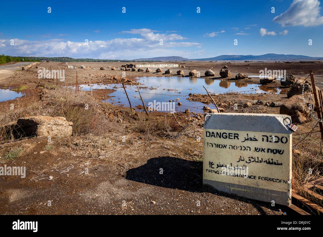 Post israeliano vicino alla frontiera siriana nel Golan Immagini Stock