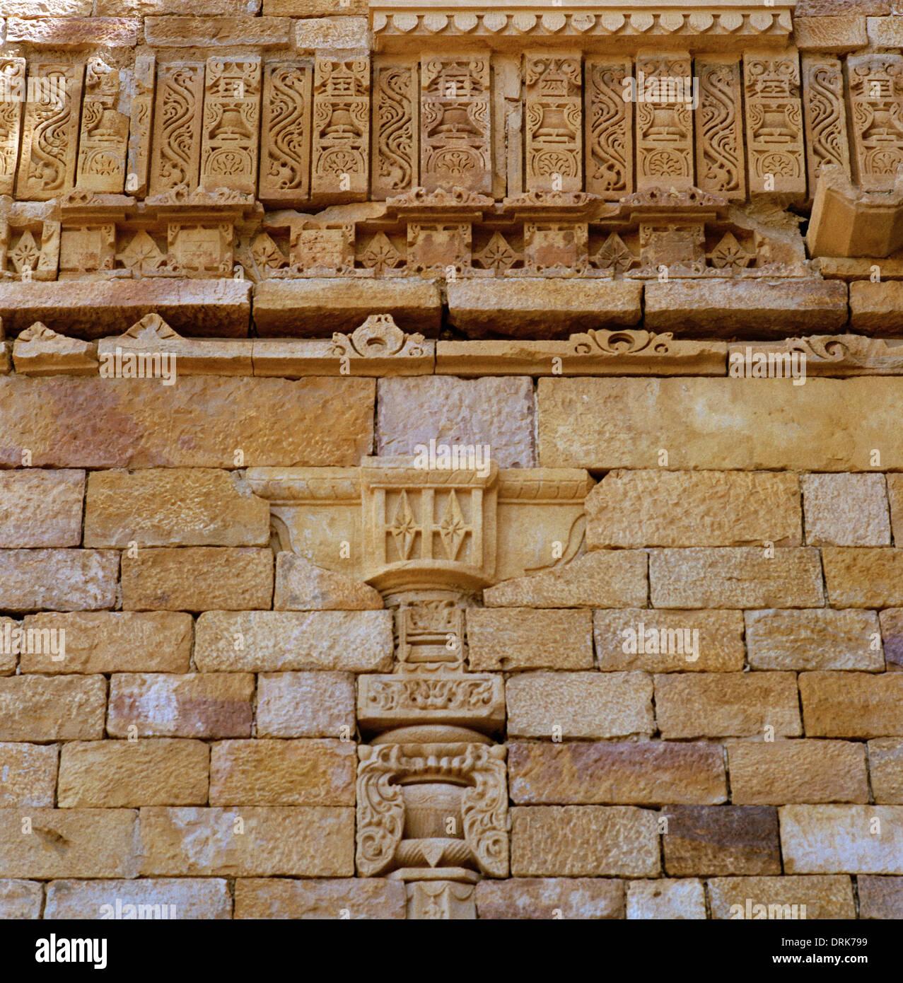 Architettura di Rajput in Jaisalmer in Rajasthan in India in Asia del Sud. Edificio megalitiche storia antica pietra storico Travel Wanderlust Immagini Stock