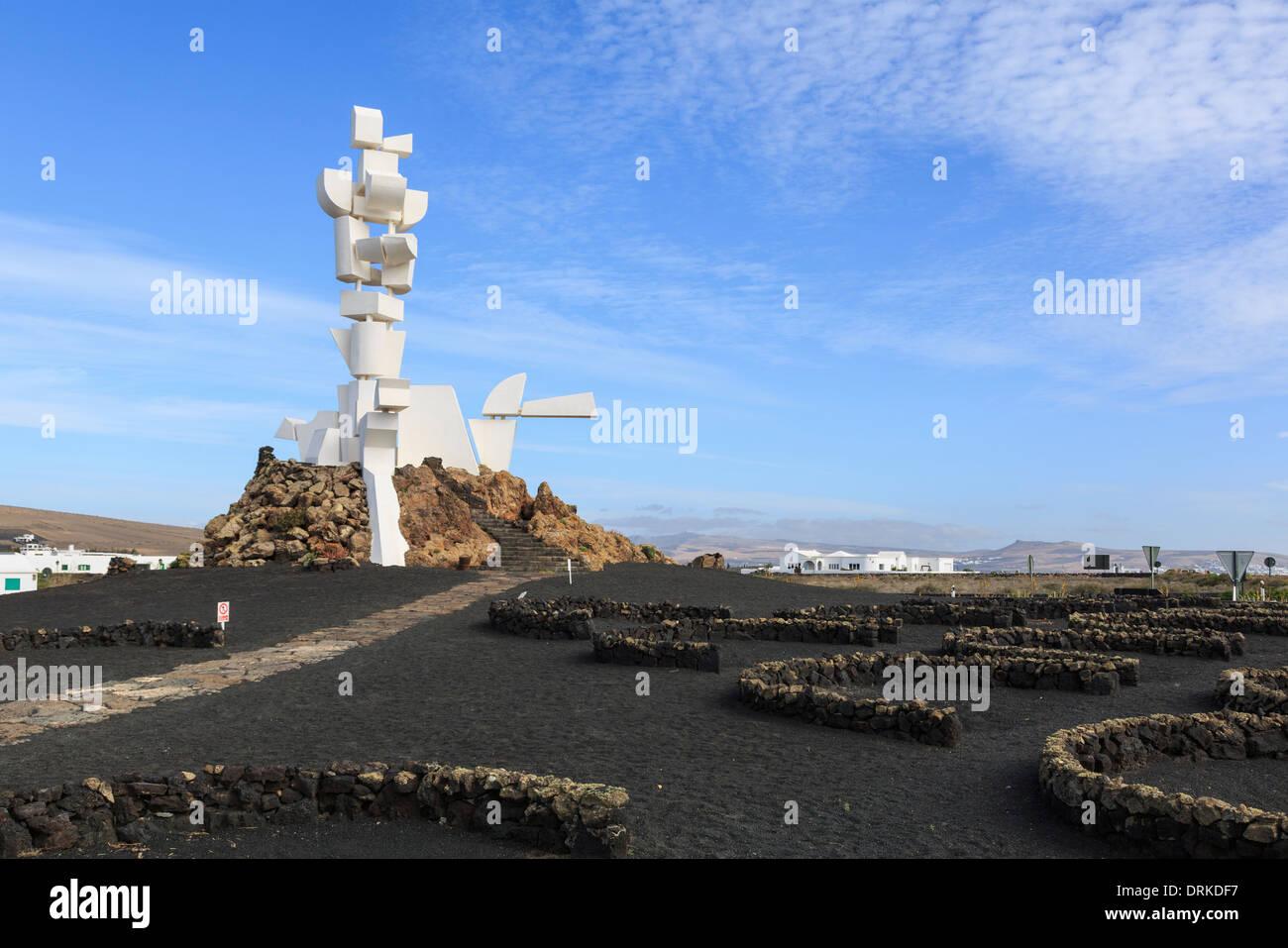 Monumento a la Fecundidad o agricoltore e la scultura di César Manrique monumento ai coltivatori locali al Monumento al Campesino Lanzarote Immagini Stock