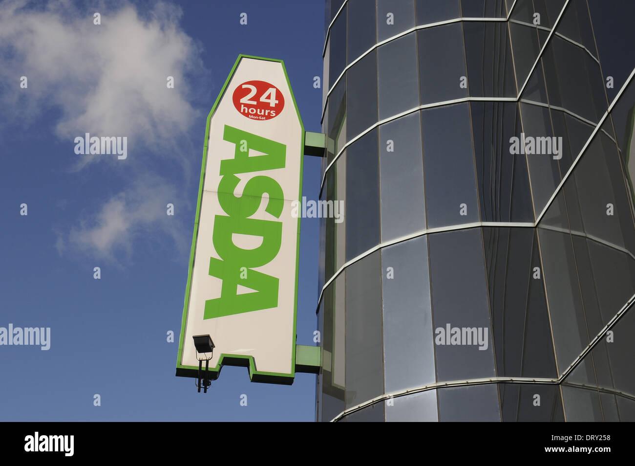 Supermercato Asda segno,Bexleyheath,Kent, Regno Unito Immagini Stock