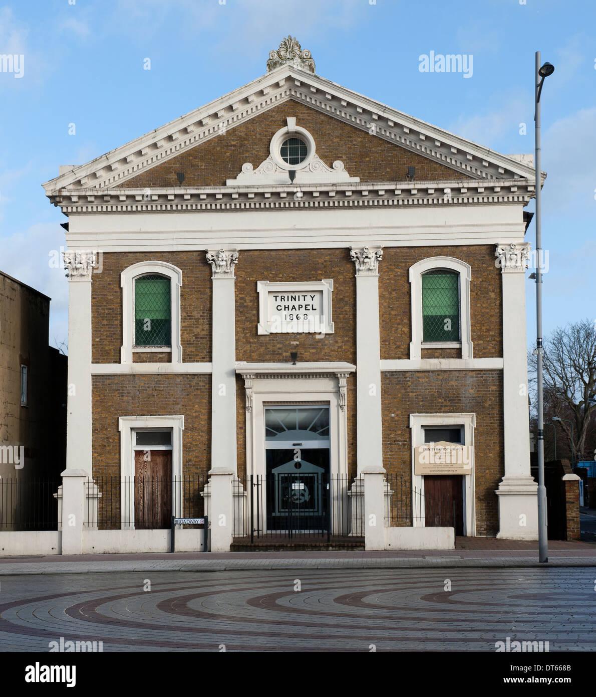 Trinità chiesa battista, Broadway, Bexeleyheath, nel sud est di Londra, Inghilterra, Regno Unito. Immagini Stock