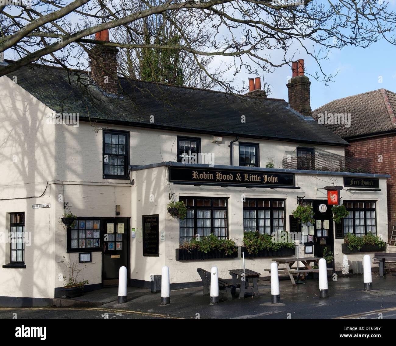 Robin Hood e Little John Public House, Lion Road, Bexleyheath, nel sud est di Londra, Inghilterra, Regno Unito. Immagini Stock