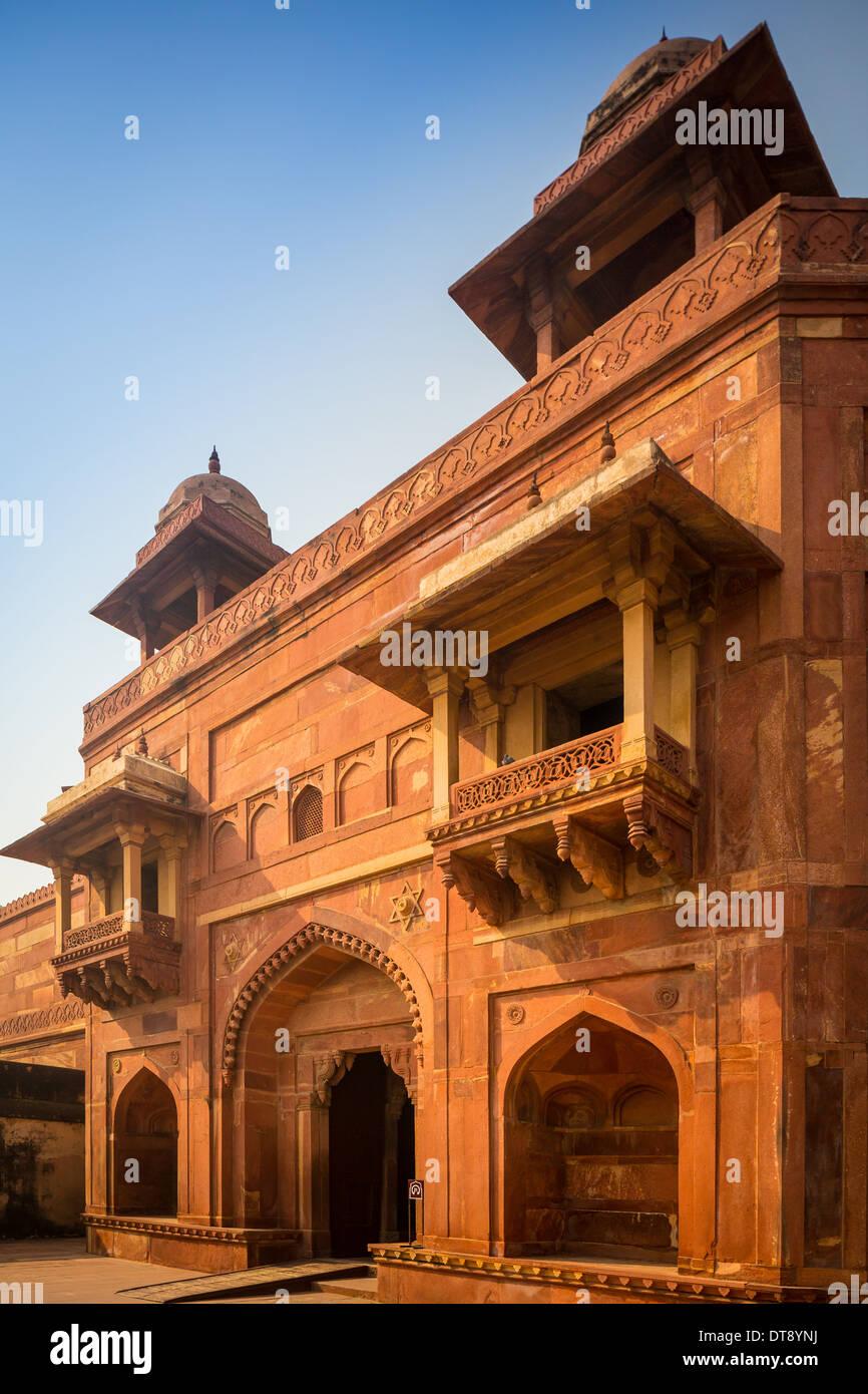Fatehpur Sikri è una città e un'amministrazione comunale nel distretto di Agra nello stato di Uttar Pradesh, India. Immagini Stock
