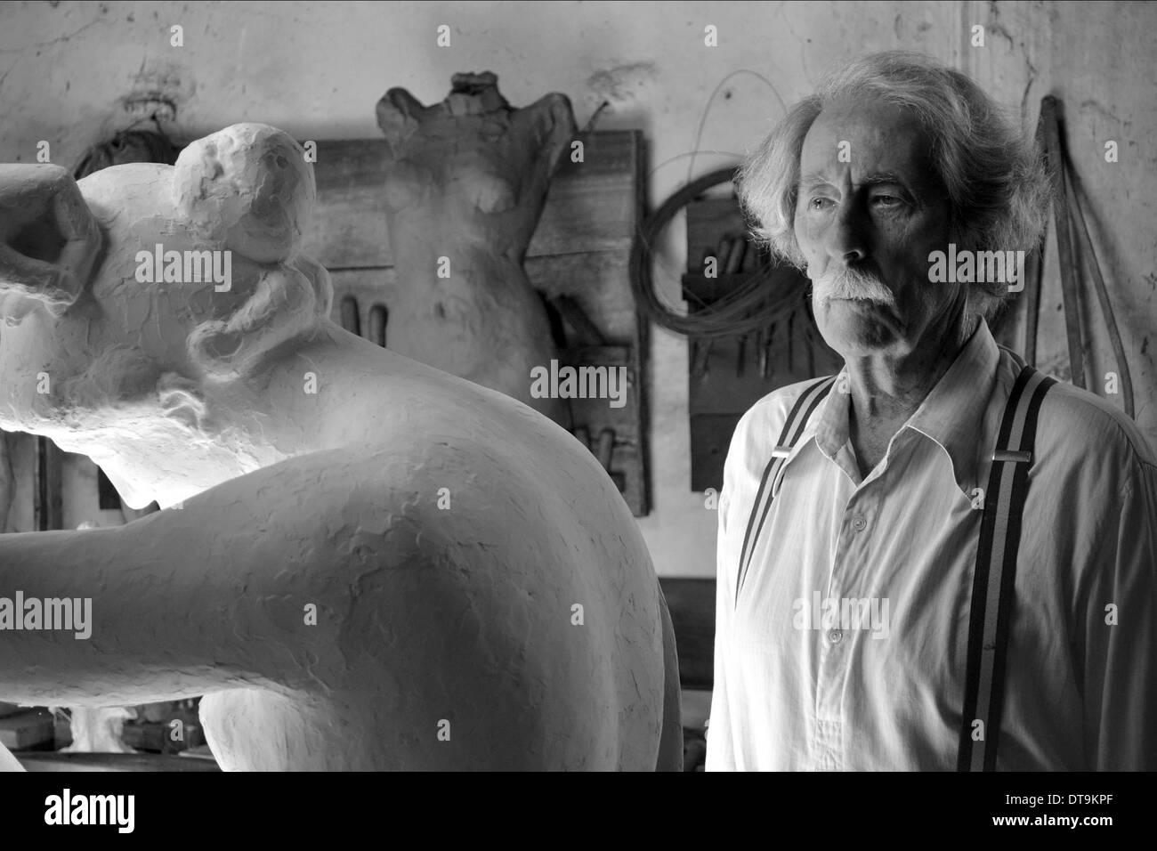 JEAN ROCHEFORT l artista e il modello; EL ARTISTA Y LA MODELO (2012) Immagini Stock
