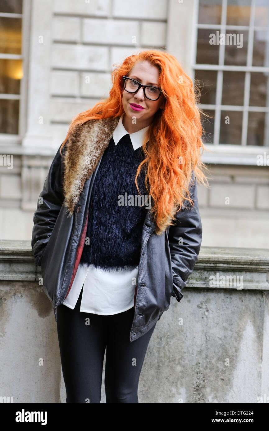 Londra, Regno Unito. 15 feb 2014. Melissa Booth arrivando a Somerset House di Londra - Feb 14, 2014 Credit: dpa picture alliance/Alamy Live News Immagini Stock