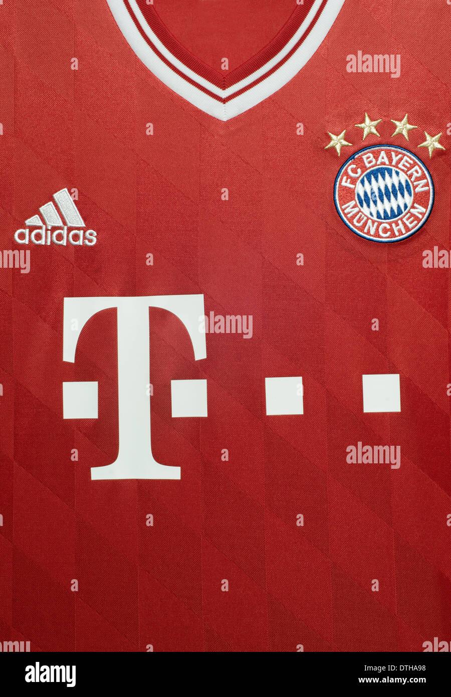 Chiusura del FC Bayern Munchen kit squadra Foto stock - Alamy