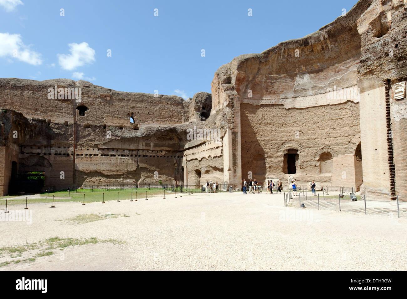 A roma riaprono sette bagni pubblici tra servizi e decoro sul