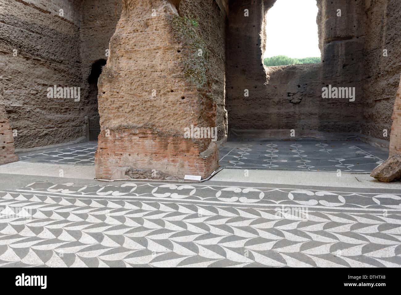 Pavimenti a stock roma: lettere intarsiato in pavimenti marmo