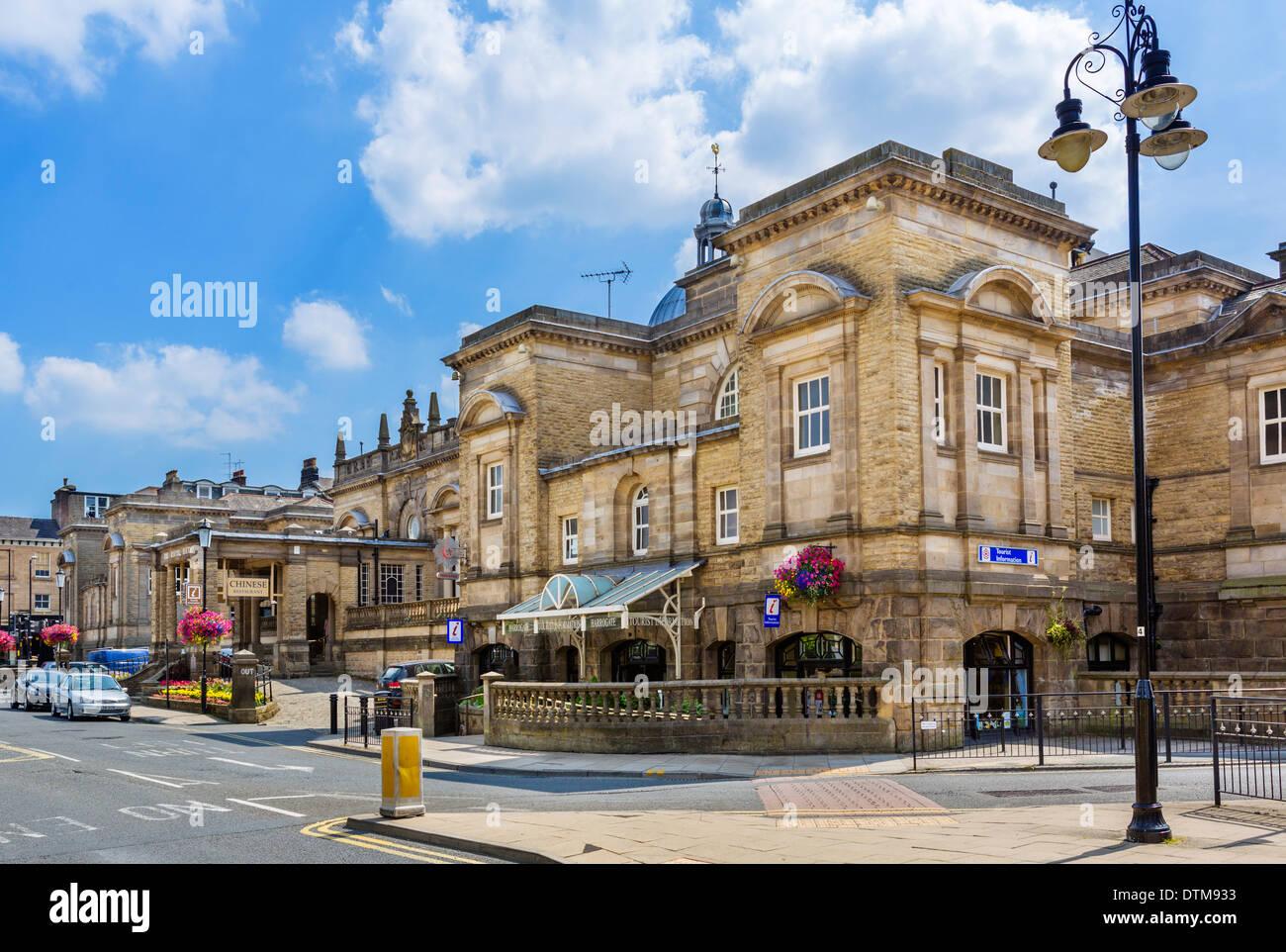 Il Royal Terme edifici, Harrogate, North Yorkshire, Inghilterra, Regno Unito Immagini Stock