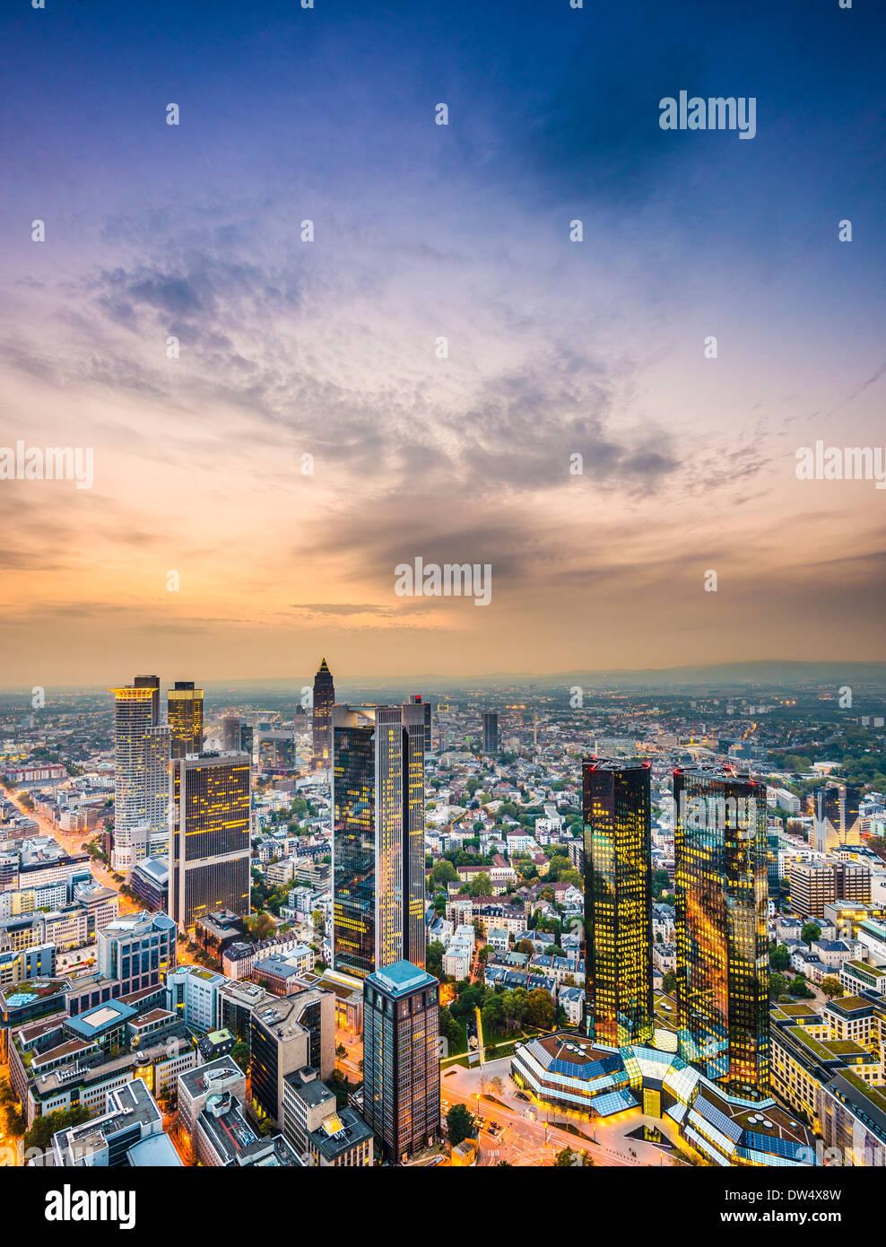 Francoforte, Germania lo skyline della citta'. Immagini Stock