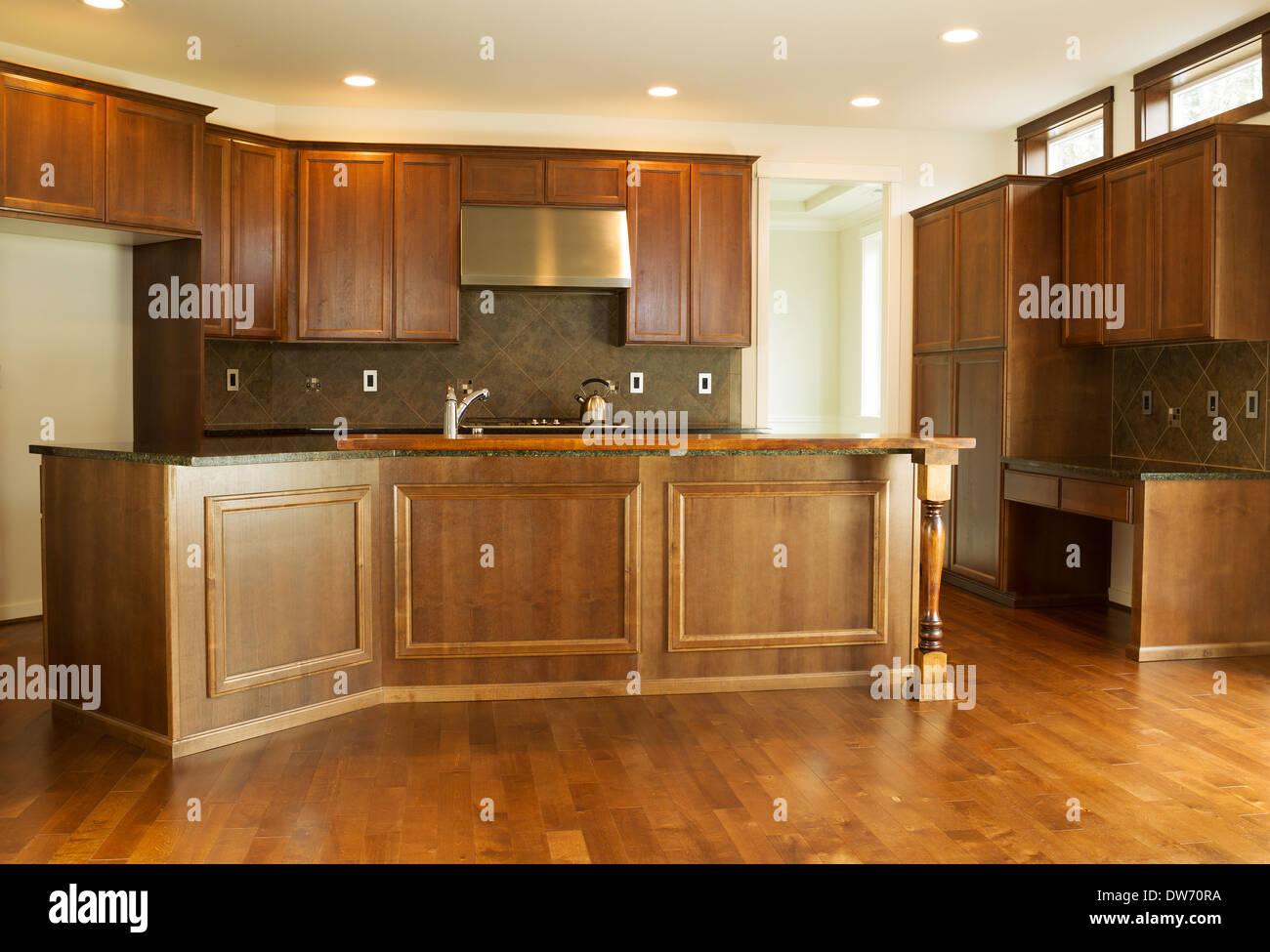 Cucina Con Finestra Orizzontale armadi da cucina immagini & armadi da cucina fotos stock - alamy
