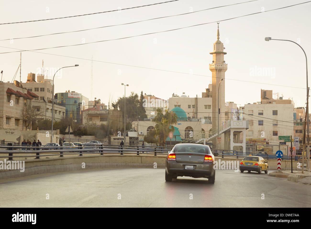 Strada di mattina presto in Amman, Giordania Immagini Stock