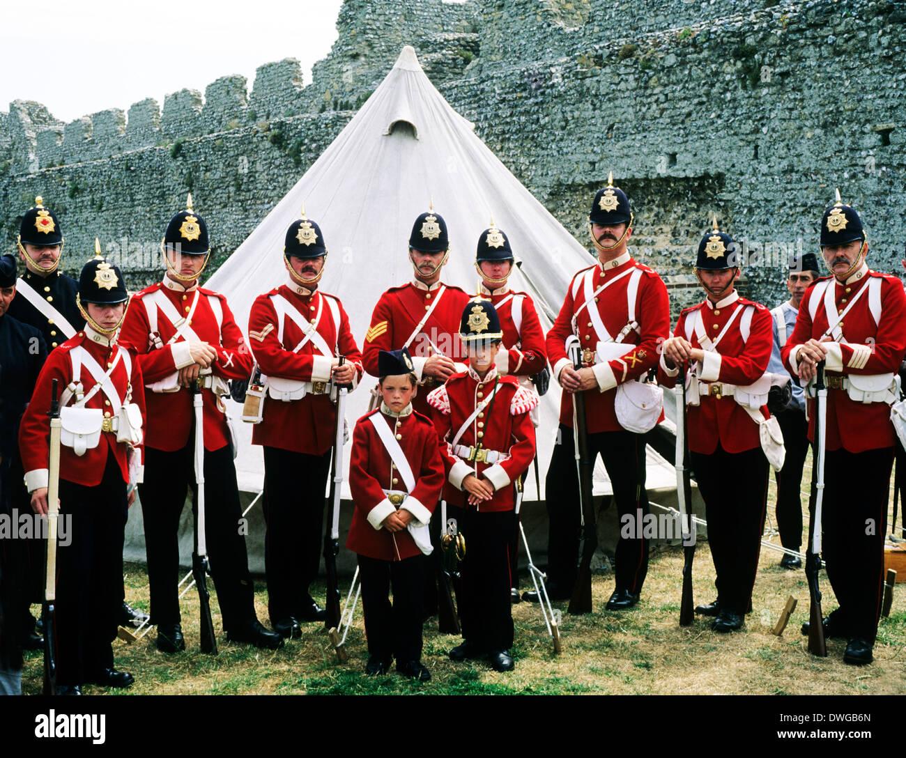 57Th Middlesex Regiment, 1880, soldati britannici, la rievocazione storica del XIX secolo di storia, England Regno Unito Immagini Stock
