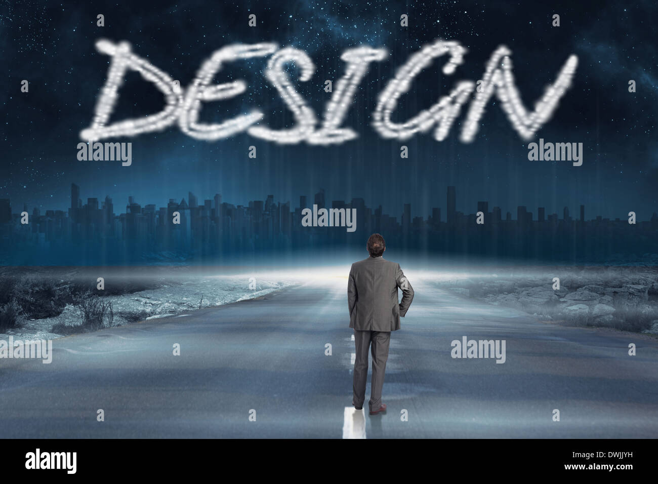 Design contro la strada che conduce all'orizzonte Immagini Stock