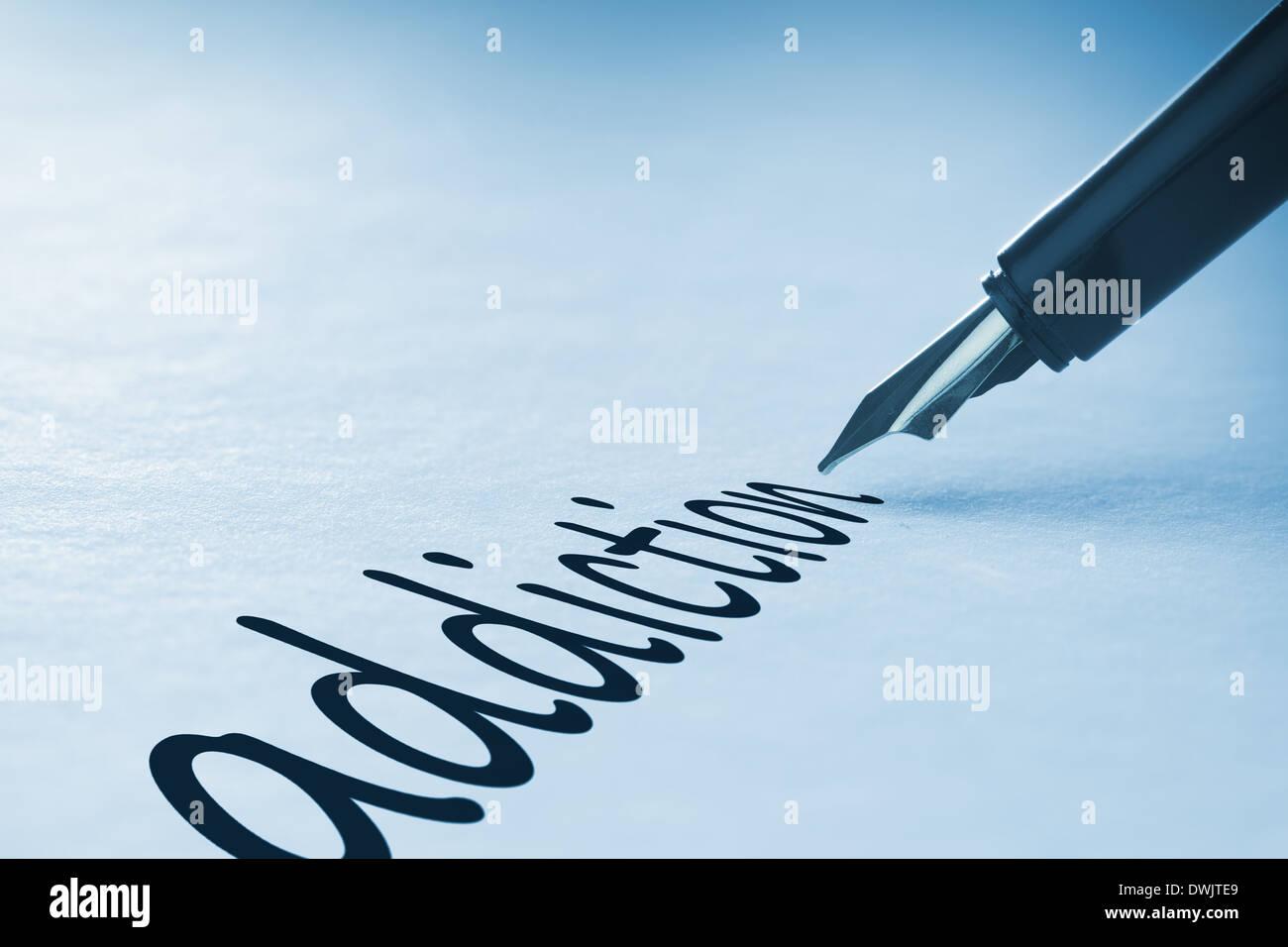 Penna stilografica la scrittura di dipendenza Immagini Stock