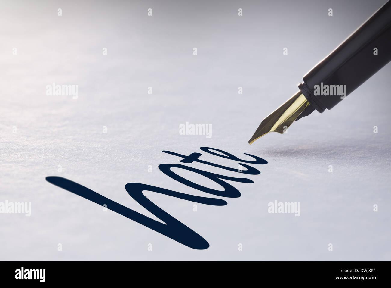 Penna stilografica iscritto odio Immagini Stock