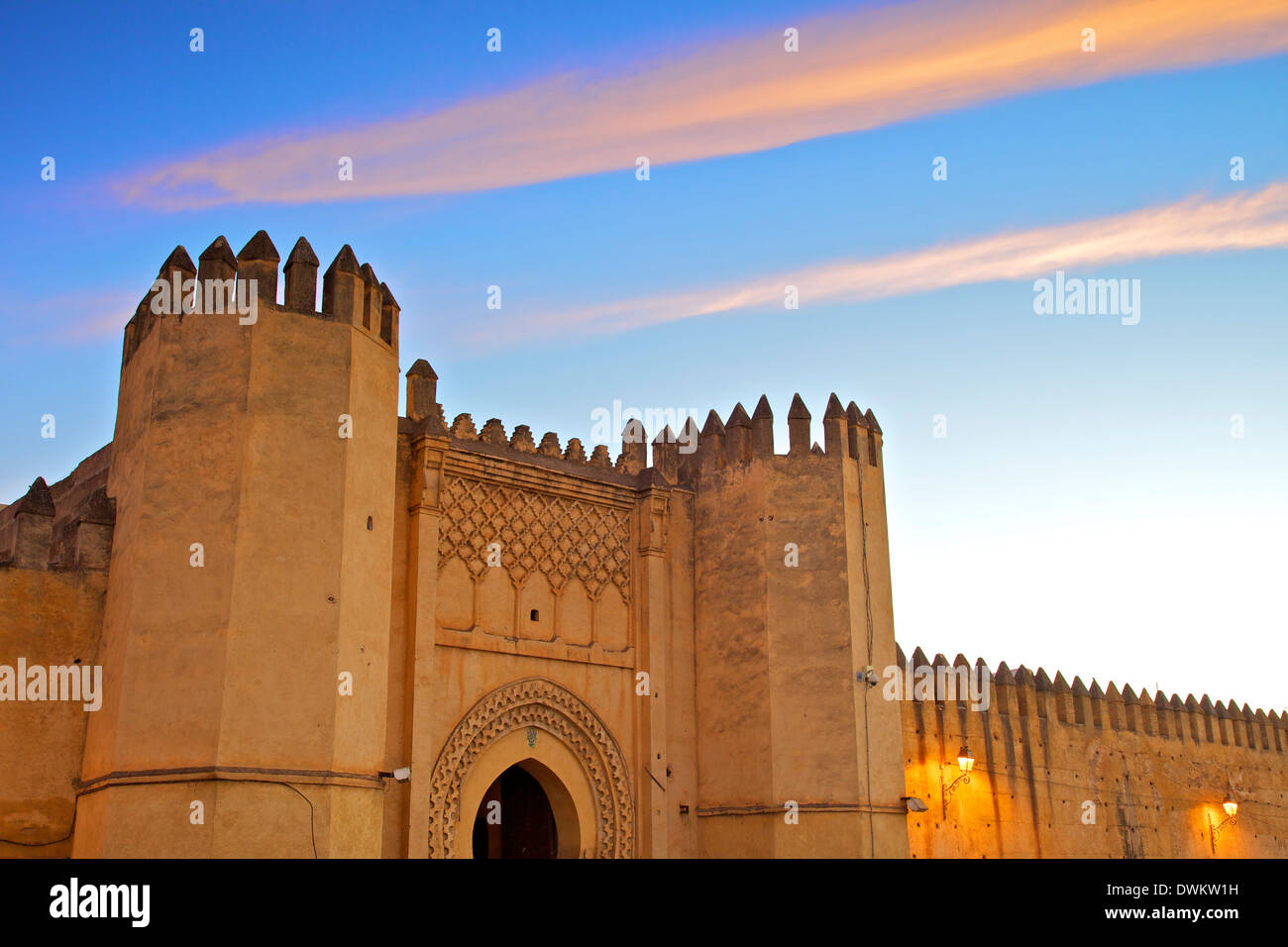 Posizionare Bou Jeloud, Fez, in Marocco, Africa Settentrionale, Africa Immagini Stock