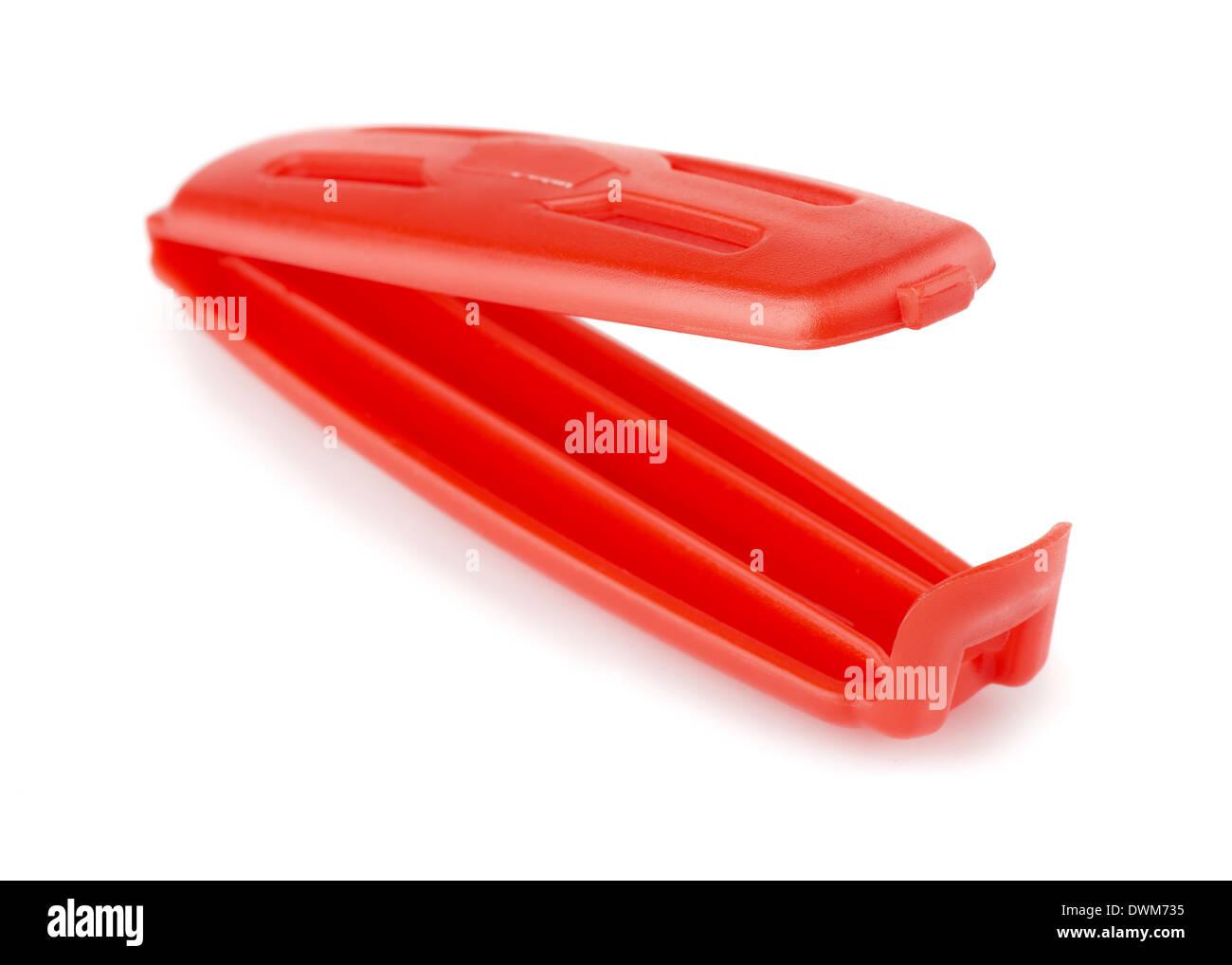 Rosso in plastica per alimenti clip di sacca isolata su bianco Immagini Stock