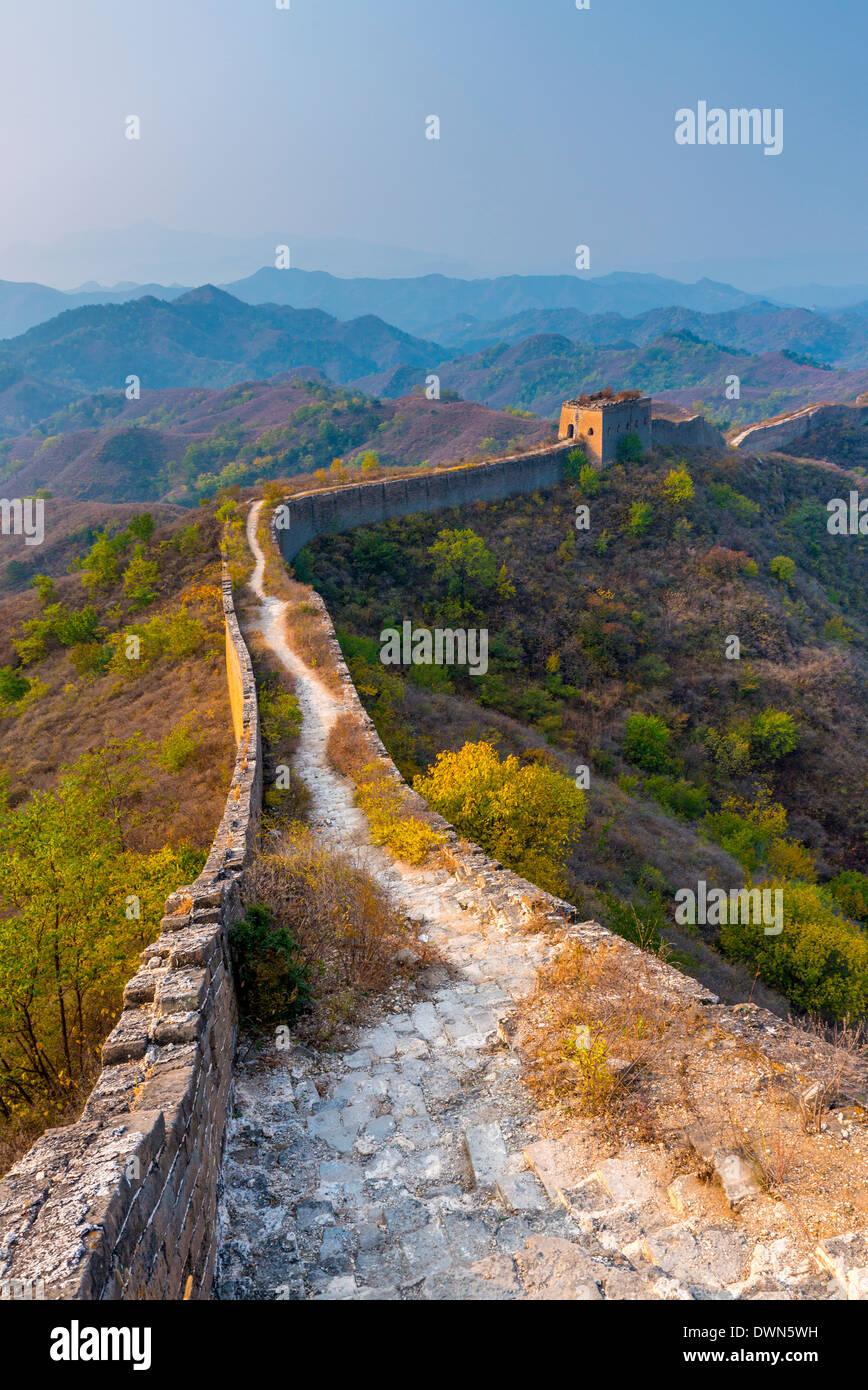 Gubeikou a Jinshanling sezione della Grande Muraglia Cinese, sito UNESCO, Contea di Miyun, Municipalità di Pechino, Cina Immagini Stock