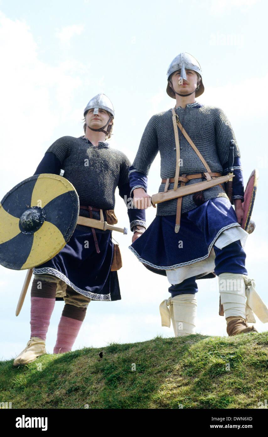 Periodo sassone guerrieri, IX secolo, inglese rievocazione storica soldato guerriero soldati England Regno Unito Immagini Stock