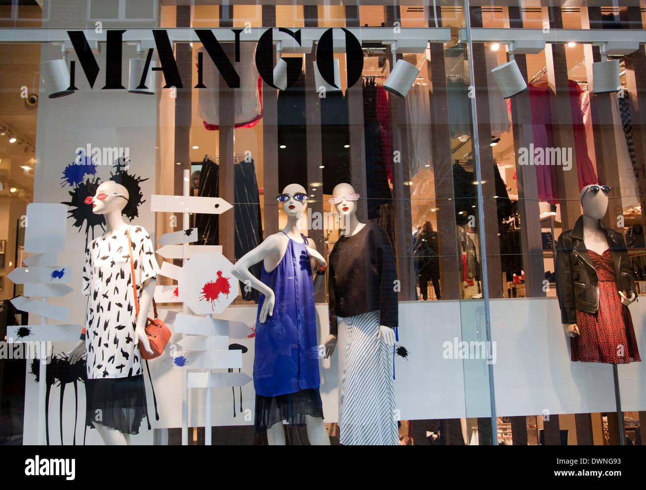 huge selection of 104bb 8f650 Mango negozio di abbigliamento di finestra in Covent Garden ...