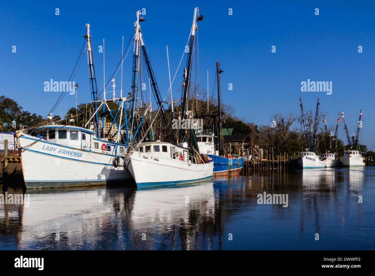 Gamberetti barche sul Fiume Altamaha, Darien, Geogria Immagini Stock