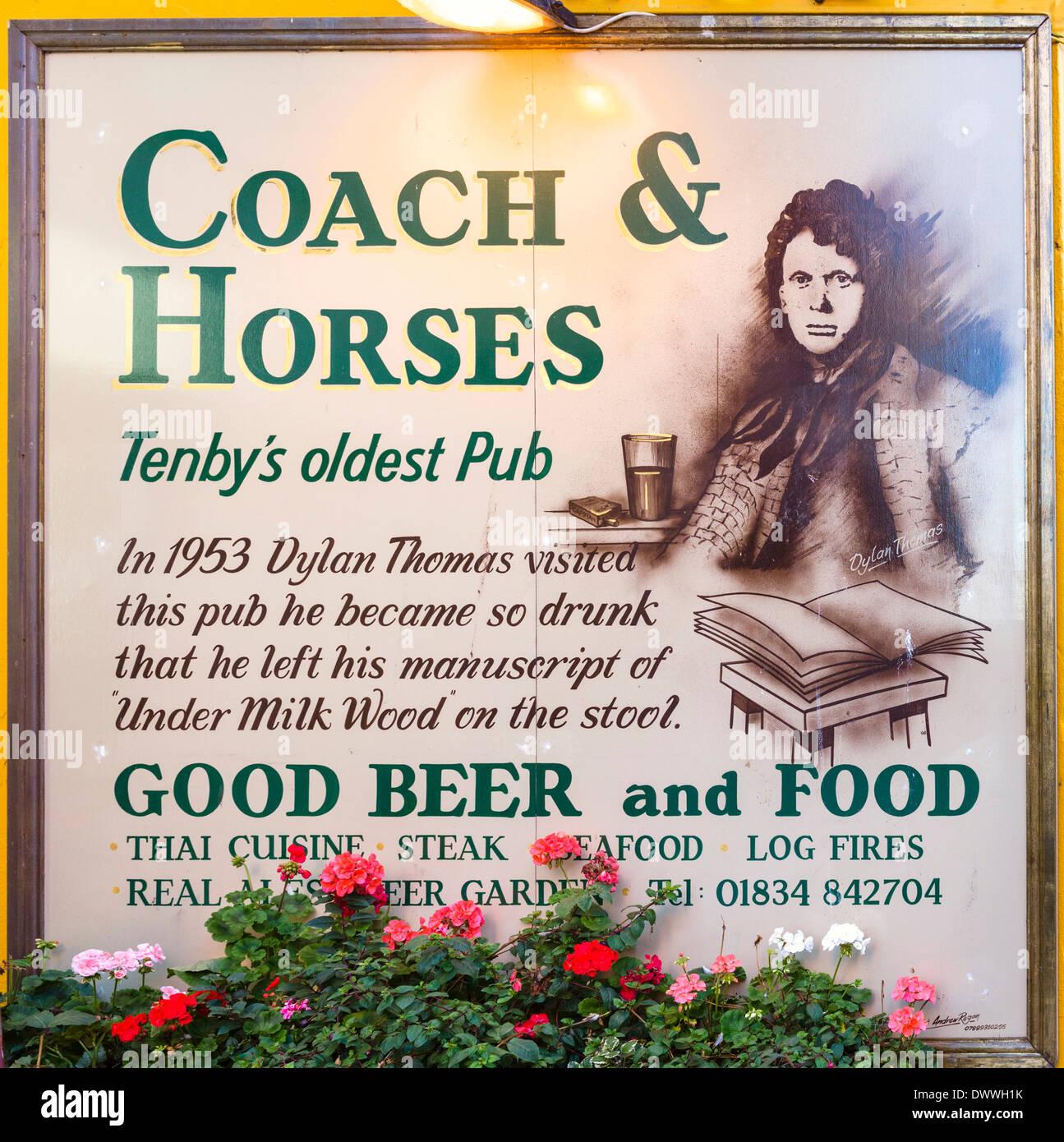Storico in pullman e cavalli pub, dove Dylan Thomas ha fama di aver lasciato il manoscritto per sotto latte legno, Foto Stock