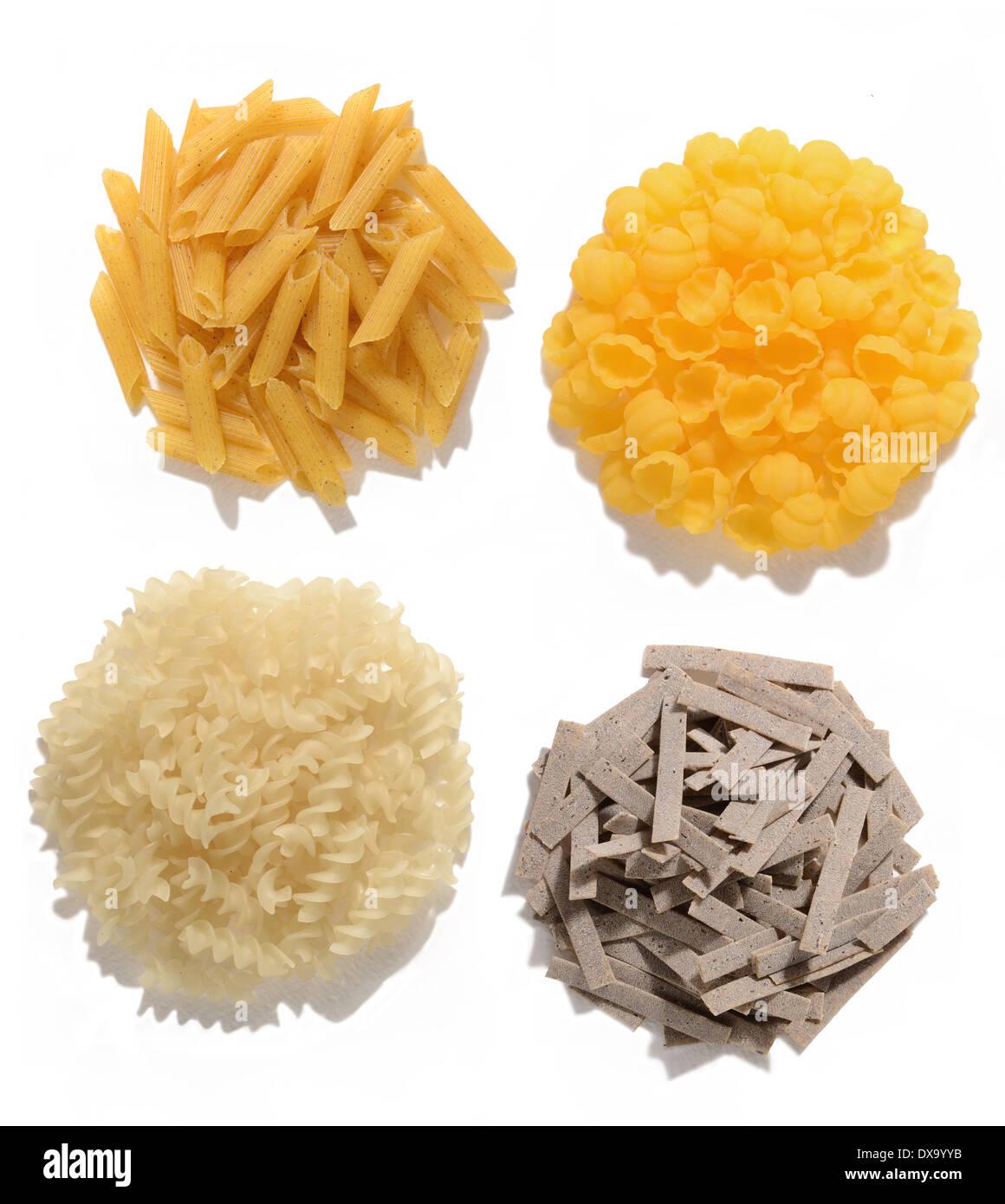 Senza glutine pasta di mais, grano saraceno, riso e mais Immagini Stock