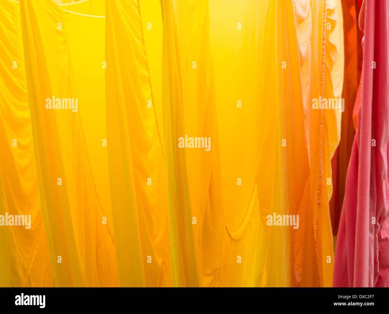 Giallo arancione e rosso lenzuola colorate e luminose Immagini Stock