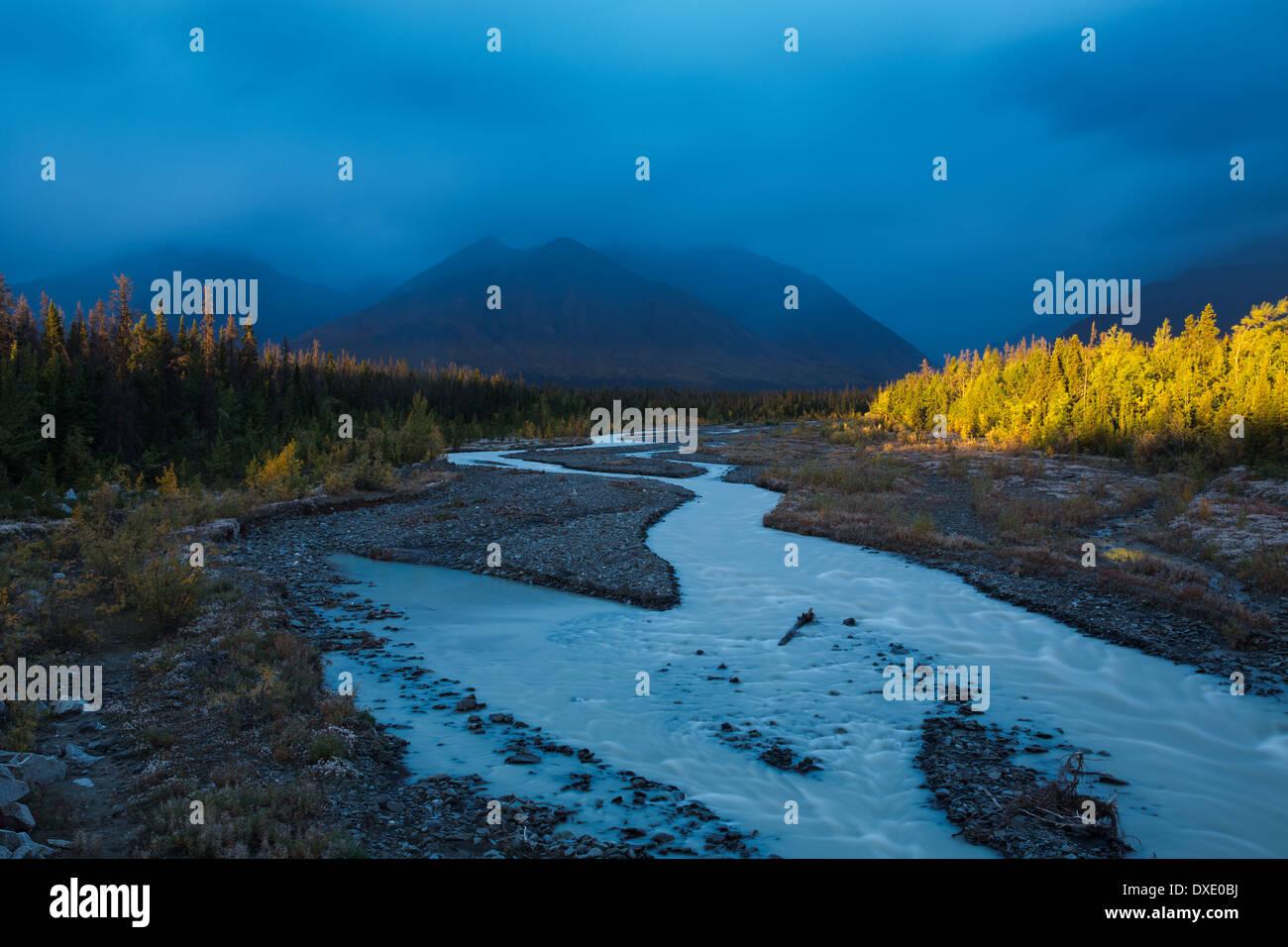 Quill Creek & la gamma Auriol, St Elias montagne, Yukon Territori, Canada Immagini Stock