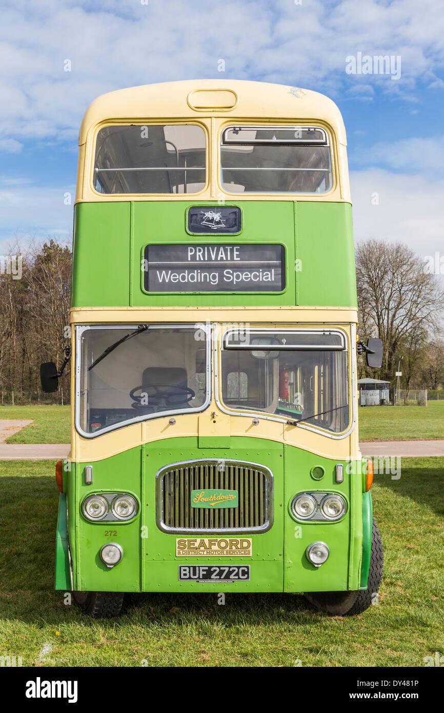 Vintage Bus alla visualizzazione di veicoli del patrimonio Immagini Stock