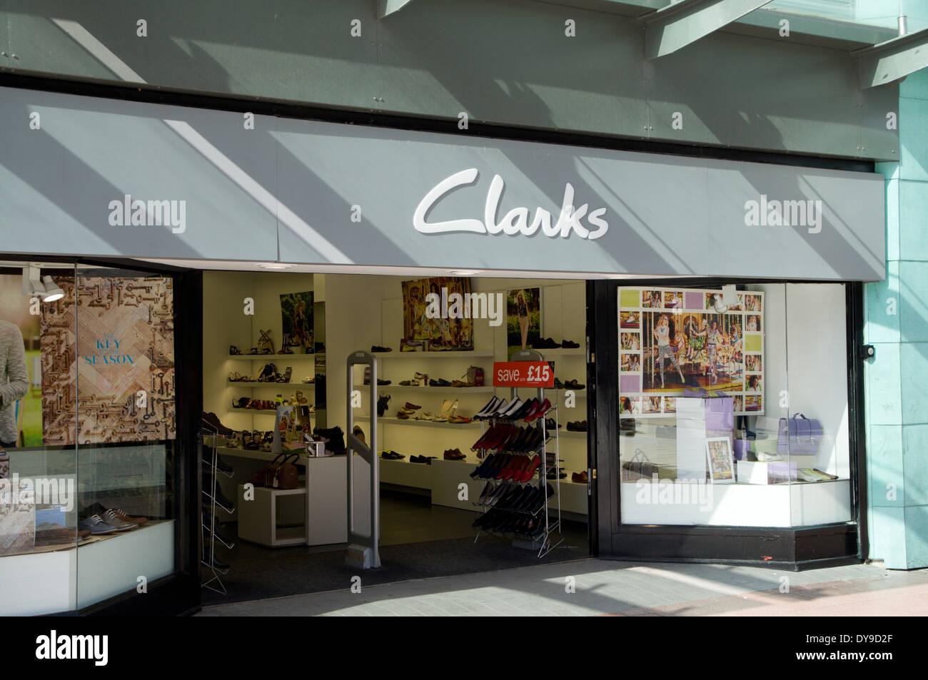 Clarks Shoe Shop Immagini & Clarks Shoe Shop Fotos Stock Alamy
